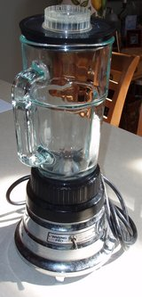 Waring Pro Blender in Schaumburg, Illinois
