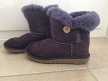 Ugg boots in New Lenox, Illinois