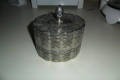 vintage trinket box in Fort Campbell, Kentucky