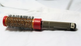 "CHI Ceramic Small Round Salon Beauty Shop Brush Comb Hair Style Curl 1"" CB01 in Kingwood, Texas"