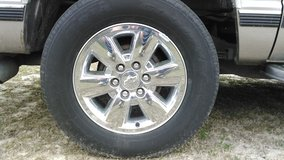"Chevrolet 18"" chrome wheels with tires in Cherry Point, North Carolina"