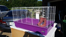 Pet Cage in Fort Campbell, Kentucky