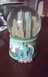 New York 120MM Musical Waterglobe in The Woodlands, Texas