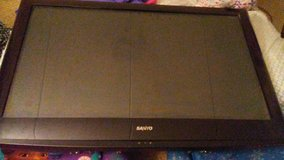 selling my sanyo 42in television in Watertown, New York