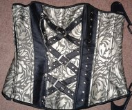 Sz M corset in Colorado Springs, Colorado