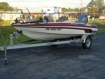 2000 Javlin Boat in Sanford, North Carolina