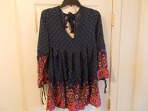 NEW PRETTY L/S DRESS SIZE XL (FIRS LIKE A LARGE) in Fort Campbell, Kentucky