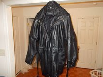 VERY NICE 4XL BLACK LEATHER COAT in Fort Campbell, Kentucky