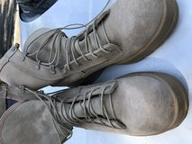 Brown Military Boots Gore Tex in Travis AFB, California