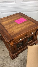 2 end tables in Pleasant View, Tennessee