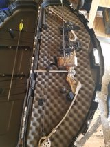 Compound Bow in Warner Robins, Georgia