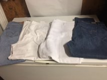 Pants and jeans size 20 in Fort Campbell, Kentucky