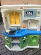 Little tikes kitchen with sounds in Bartlett, Illinois