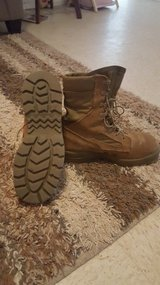 Bates lites  boots in Yuma, Arizona