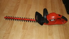 "Black & Decker 20"" Corded Hedge Trimmer in Perry, Georgia"