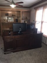 OFFICE DESK EXCELLENT CONDITION in Naperville, Illinois