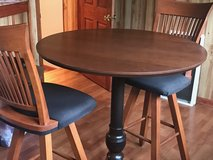 Bar Table and chairs in Algonquin, Illinois