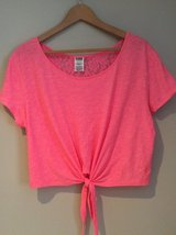 Pink crop top size XS in Lockport, Illinois