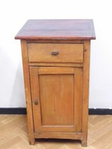 Antique nightstand Chest of Drawer in Wiesbaden, GE