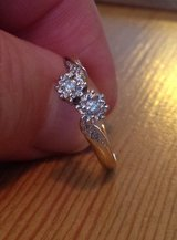9ct Yellow Gold Diamond Ring in Lakenheath, UK