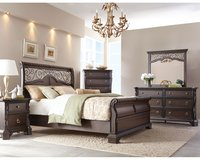Victoria Bed Set in US QS & KS - as shown with delivery - see VERY IMPORTANT below in Spangdahlem, Germany