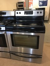 Whirlpool stainless steel stove in Cleveland, Texas