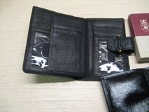 Wallets 1 each in Alamogordo, New Mexico