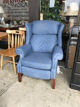 Recliner in Batavia, Illinois