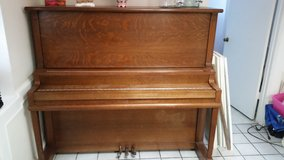 Piano Gulbransen upright in Kingwood, Texas