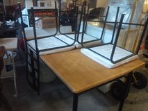 Kitchen Dining room table and 4 chairs in Fort Riley, Kansas
