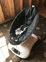 MamaRoo 4 Infant Seat in Classic Black in Shaw AFB, South Carolina
