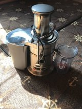 Breville 800JEXL Juice Fountain Elite 1000-Watt Juice Extractor in Shaw AFB, South Carolina