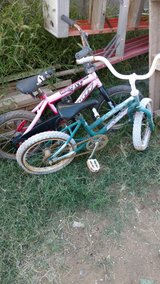 Kid bikes in Alamogordo, New Mexico