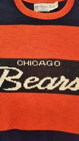BEARS SWEATER - ADULT LARGE in Sugar Grove, Illinois