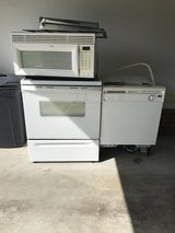 Whirlpool Dishwasher, Microwave & Oven/Range in Goldsboro, North Carolina