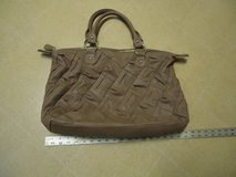 Steve Madden Purse... Brown in color.  Large/Roomy  $5 in Fort Benning, Georgia