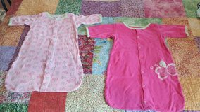 Sz 0-6 month Girls Gown/Sleepers in Okinawa, Japan