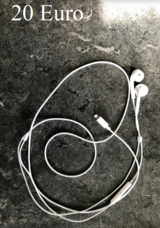 Apple EarPods with Lightning Connector in Stuttgart, GE