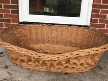 XL dog basket / bed in Wilmington, North Carolina