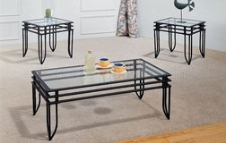 Living Room coffee/ end tables in Fort Leavenworth, Kansas