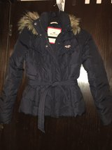Hollister & Abercrombie Clothing (woman-girls sizes) in Quad Cities, Iowa