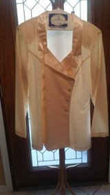 Hugo Buscati Milano - Size 14 - Long Sleeve 2 Pc. Ivory Suit in Glendale Heights, Illinois