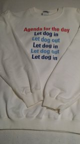White Sweatshirt - L - Dog Lovers in Glendale Heights, Illinois