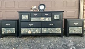 Dresser and two Nightstands in Batavia, Illinois