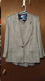 Women's Worthington 2pc Suit in Fort Riley, Kansas