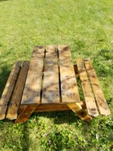 Kids wooden picnic table in Chicago, Illinois
