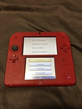 2DS with Charger in Camp Lejeune, North Carolina