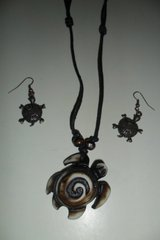 turtle necklace and earring set in Fort Campbell, Kentucky