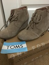 TOMS Desert Wedge in Taupe Suede in Bolling AFB, DC