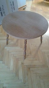 Round dinner table in Baumholder, GE